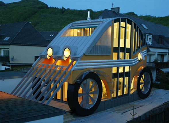Cars-Shape-Homes-from-Germany
