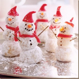 christmas-dessert-cookie-marzipan-snowman-fb_thumb