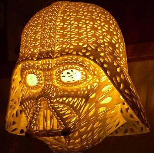 table-lamp-lighting-fixture-darth-vader-1