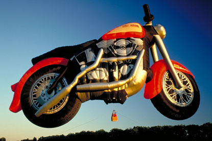 motorcycle-balloon
