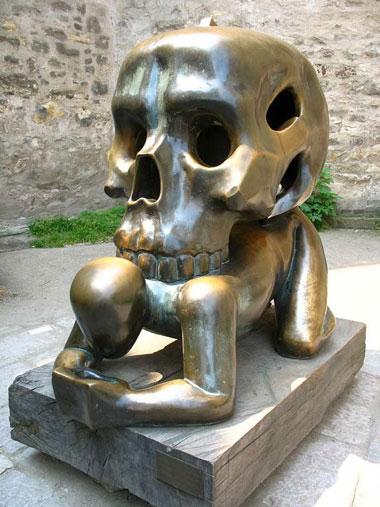 statue17