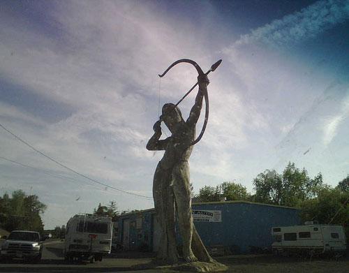statue22