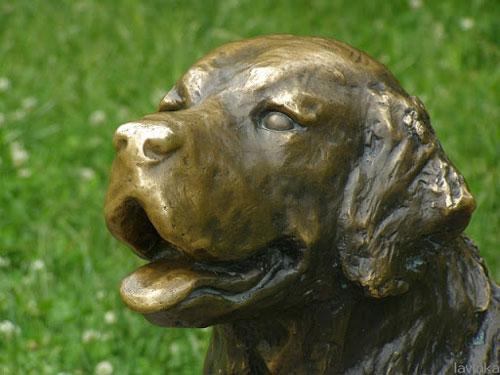 statue26