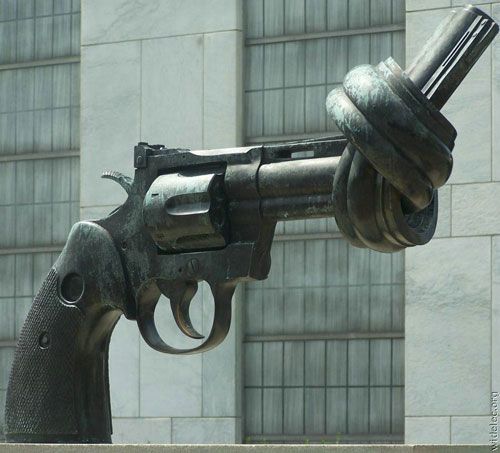 statue42