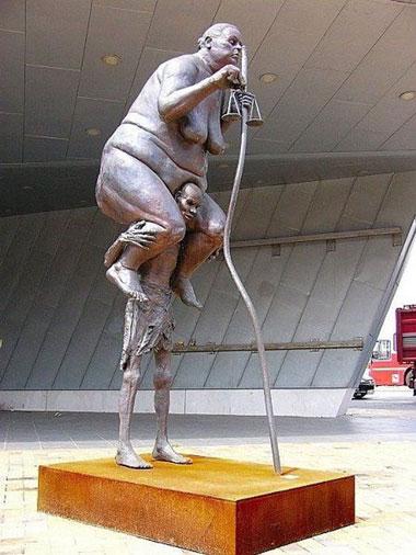 statue52