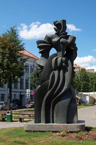 statue54
