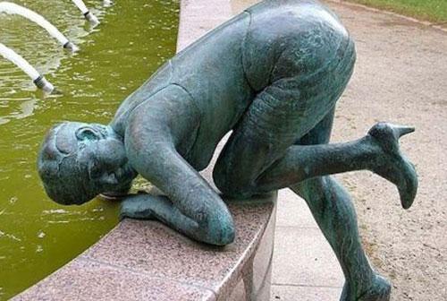 statue71