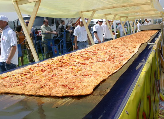 biggest pizza1