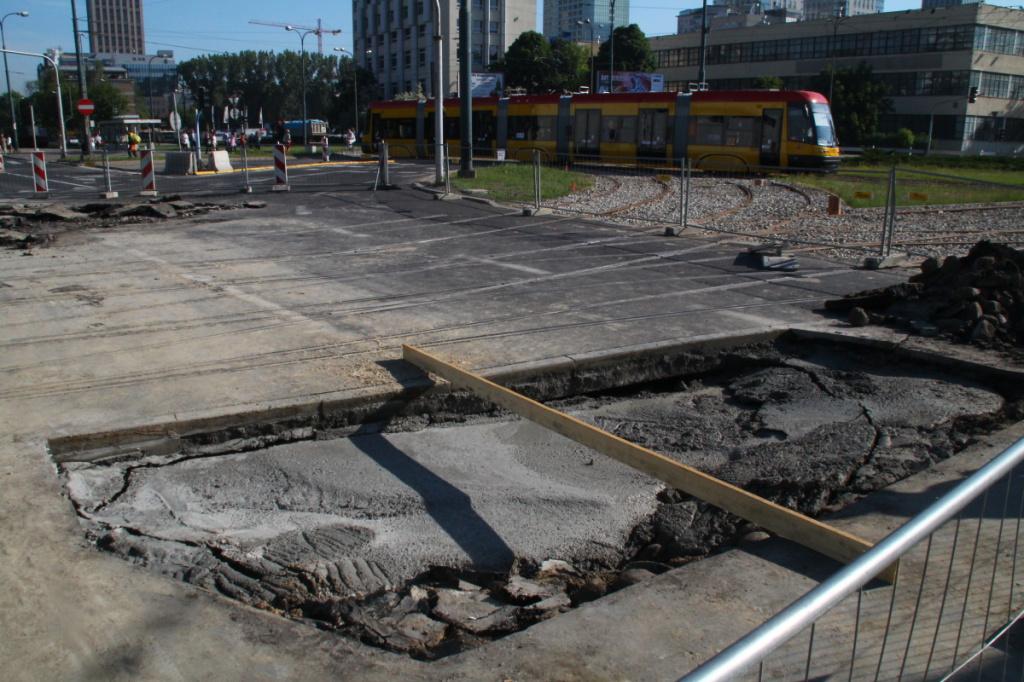 pothole17