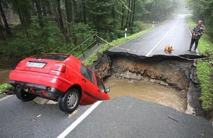 pothole25